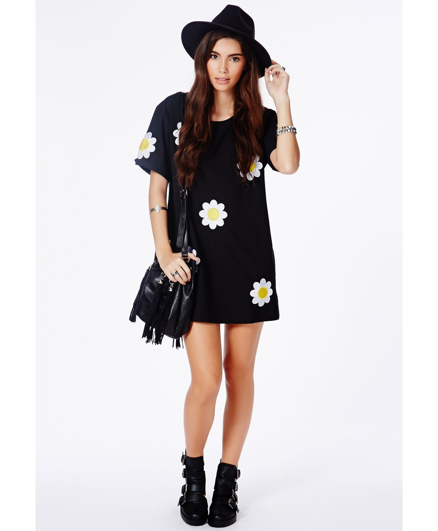 Calanta black oversized daisy shift dress 2