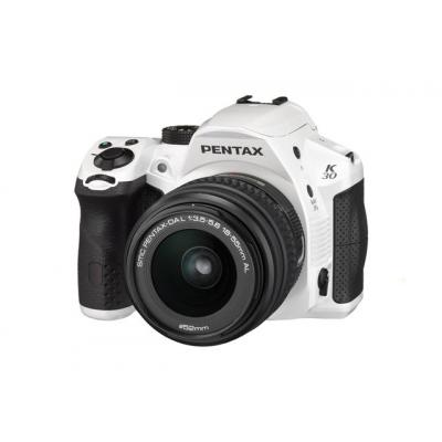 K-30 White Digital SLR - 18-55mm Lens